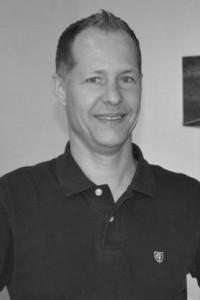 Vår duktiga frisör Claude Aebischer