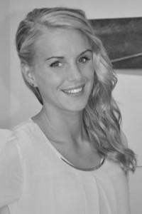 Vår duktiga frisör Johanna Lundegård